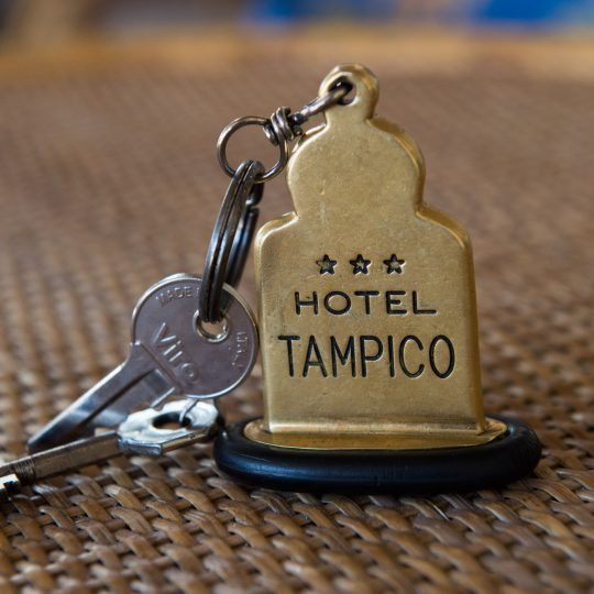 http://www.hoteltampico.it/wp-content/uploads/2016/05/mini-HTA_0226-540x540.jpg