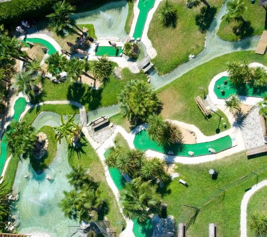 http://www.hoteltampico.it/wp-content/uploads/2017/01/adventuregolf_02-540x480.jpg